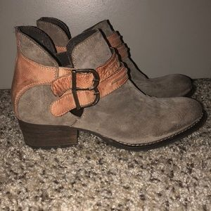 Rebels Tan Suede Ankle Bootie